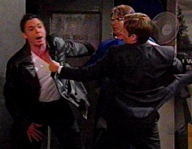 Mulder beats up Krycek